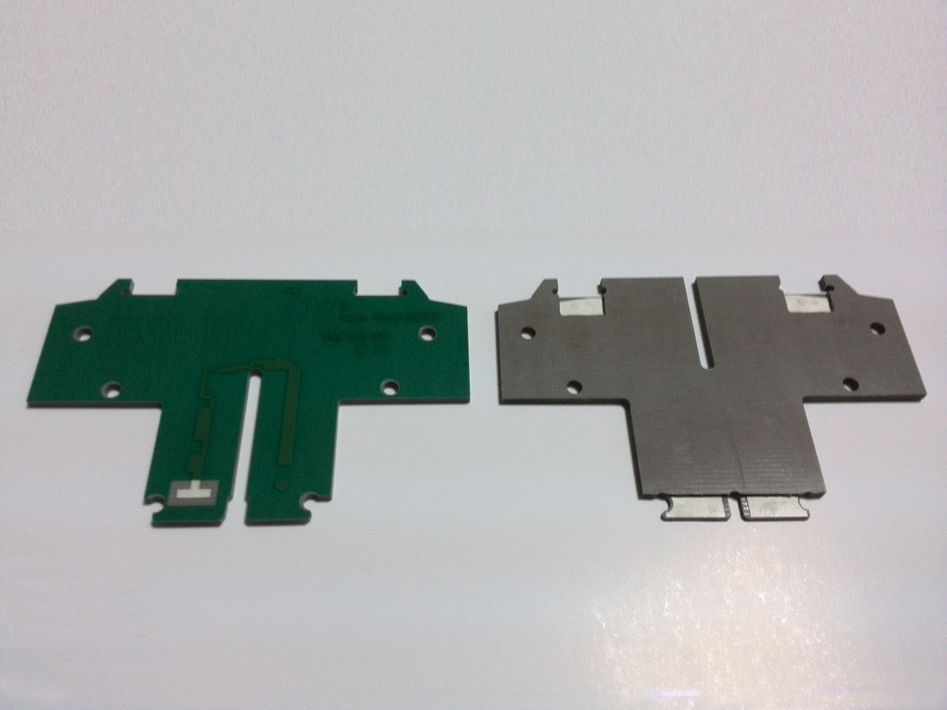 Layer Cavity PCB with PTFE Core & Bondfilm